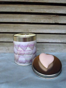 Scented Candle Coeur in Tin