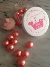 Bath-Pearls-Thé-a-la-Rose